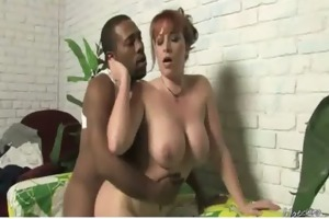 interracial-mommy-on-big-cock16 01