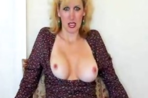 sexy mature wife gives oral-job and acquires