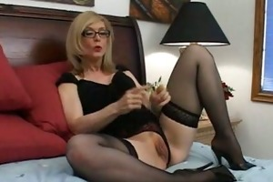 muff education w/ nina hartley
