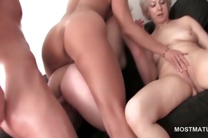 bare older gets peachy snatch fingered at an