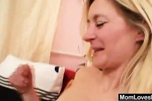mamma non-professional madams lesbo st time
