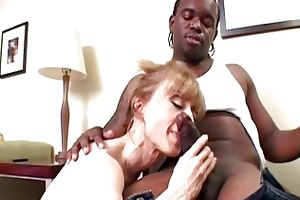 stylish golden-haired d like to fuck slurps on