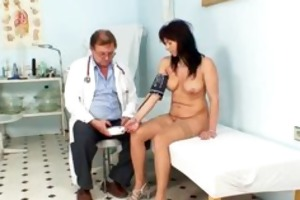 livie gyno d like to fuck snatch speculum exam on