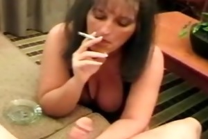 vicoria smokin d like to fuck