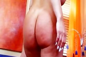 jenna cruz. . . sexxxy & voluptuous mother i