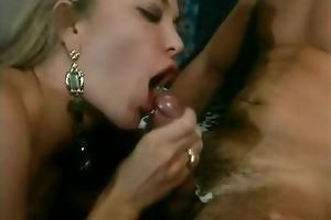 italian lesbo moana pozzi lesbo