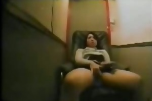 lulu 37 years orgasm in my relax chair