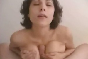 mother i acquires cummed on