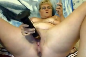 aged aff whore with dark sextoy