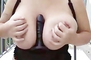 hawt plump wife masturbate outside and tapes it is