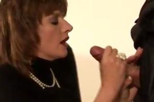 chic lady sonia receives a spunk flow