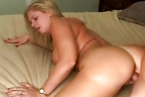 lewd mother i cameron keys getting thick dong