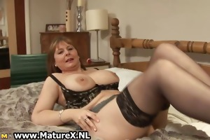 concupiscent older wife in hot underware t live