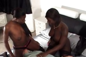 2 sturdy black beauties facesit a much aged