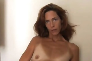nice-looking skinny d like to fuck anal by troc
