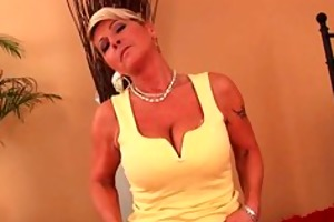 saggy granny copulates a fake penis and fingers