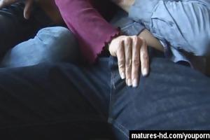 giant tittie older doxy is a fucking machine!