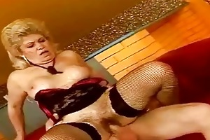 breasty aged wench getting screwed