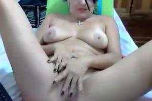 hawt colombian lady showing off her cutie