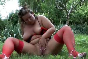 big beautiful woman aged masturbating