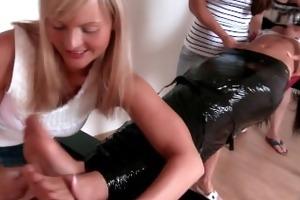 mummy susanne is tickled by cuties - fff/f,