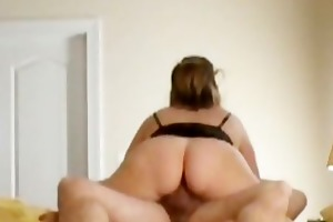 mother i with bulky arse rides weenie