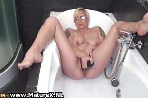 lewd aged lady fucking her own tight part6