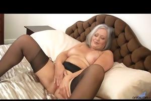 hawt chubby granny copulates her soaked gap