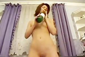 lewd mommy sicking bottle neck in her cum-hole