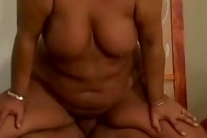 older unshaved vagina spermshower