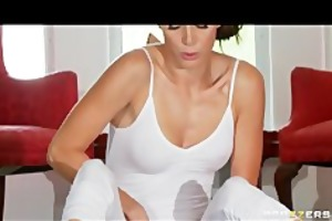 supple yoga mother i jenni lee is drilled by her