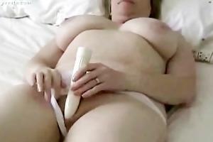 giant bobbie mammas self amusement