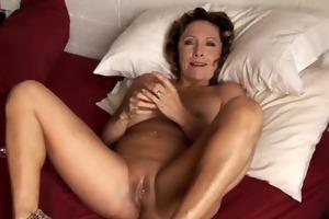 hot cougar has perverted piercings