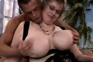 voluptuous corpulent ass big beautiful woman