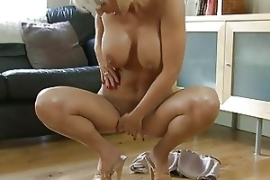 fleshly blond momma with large mambos in heels