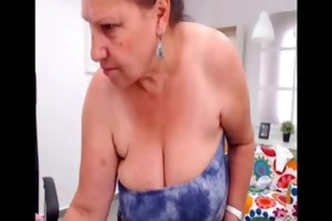 amateur turkish granny dancing exposed on web