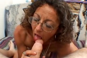 hot older d like to fuck candy gives a oral job