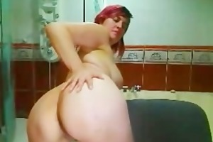 breasty lactating d like to fuck presents her
