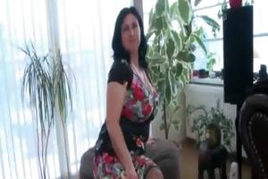 tempting dark brown shows her older assets