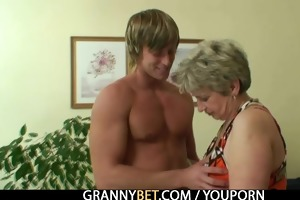 old housewife receives nailed by an juvenile chap