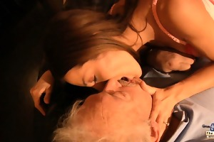 oldman copulates in wazoo his hot young wife