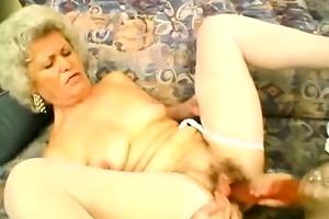 elderly ladies lezzing out