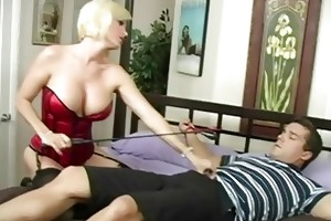 pleasing breasty blonde mother i engulfing