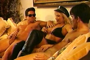 vintage episode blond d like to fuck with hugh