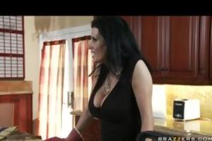 mature mamma bigtit brunette mother i brings