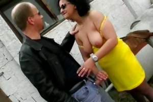 naughty brunette hair d like to fuck wench blows