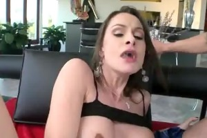 mother i receives pounded by a younger fucker