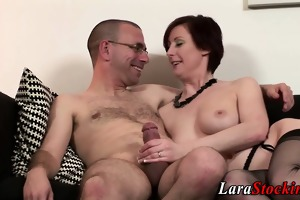 brit nylons mother i acquires facialized