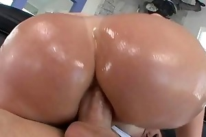 hawt redhead d like to fuck doxy with giant