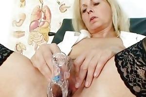 petruse older fur pie speculum gaping and